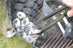 Snake method for slow and low cook on a Weber kettle | Weber